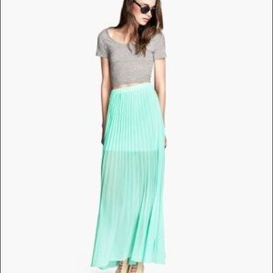 H&M pleated maxi skirt size 2